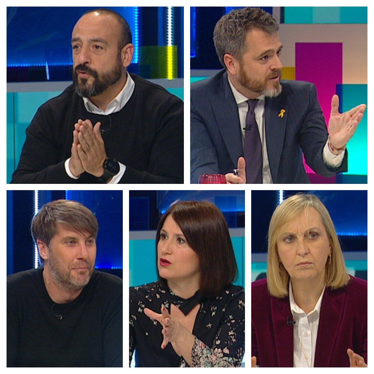 Tot es mou's photo on #TotEsMouTV3
