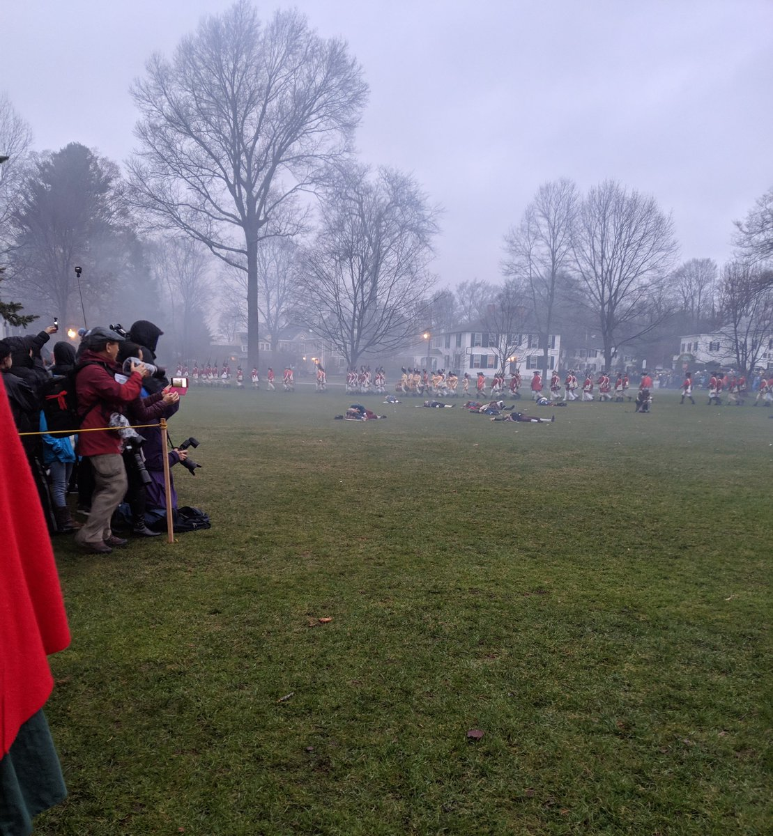 #PatriotsDay at #Lexington reenactment with @mgualtieri<br>http://pic.twitter.com/tmwNBxgiUy