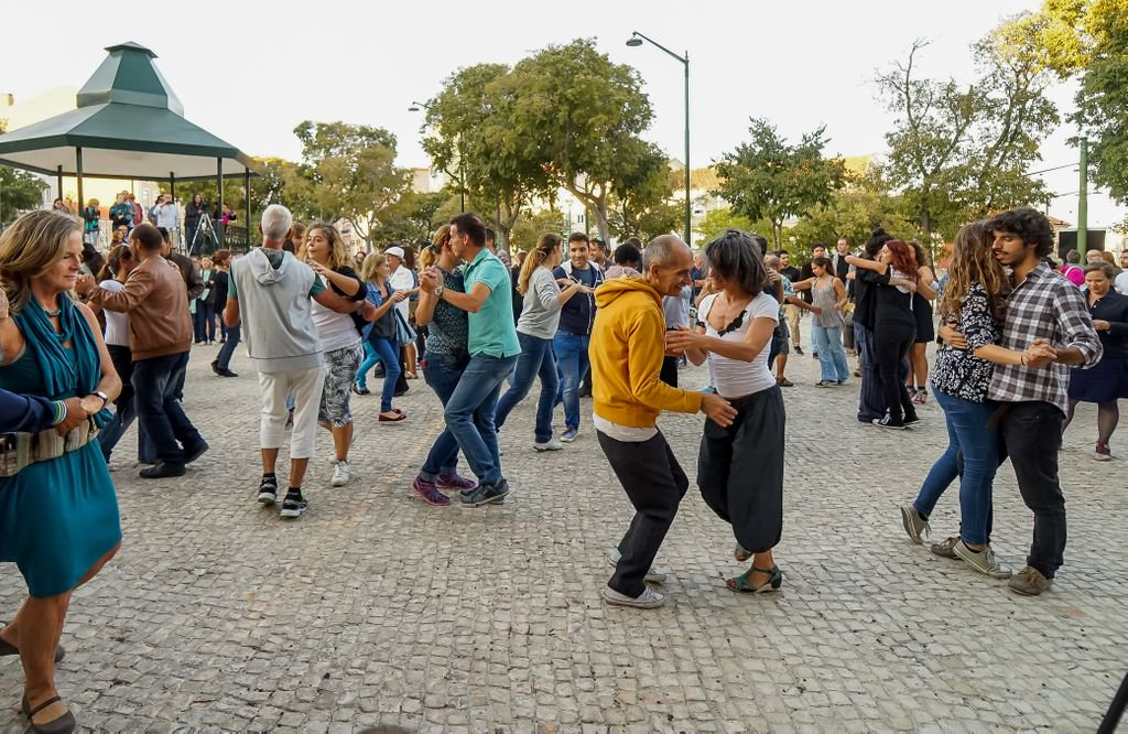 How can world cities leverage culture to ignite a new civic spirit? Our first blog in a series that will spotlight trends in urban cultural policy from our member cities > https://buff.ly/2GcH5Nt