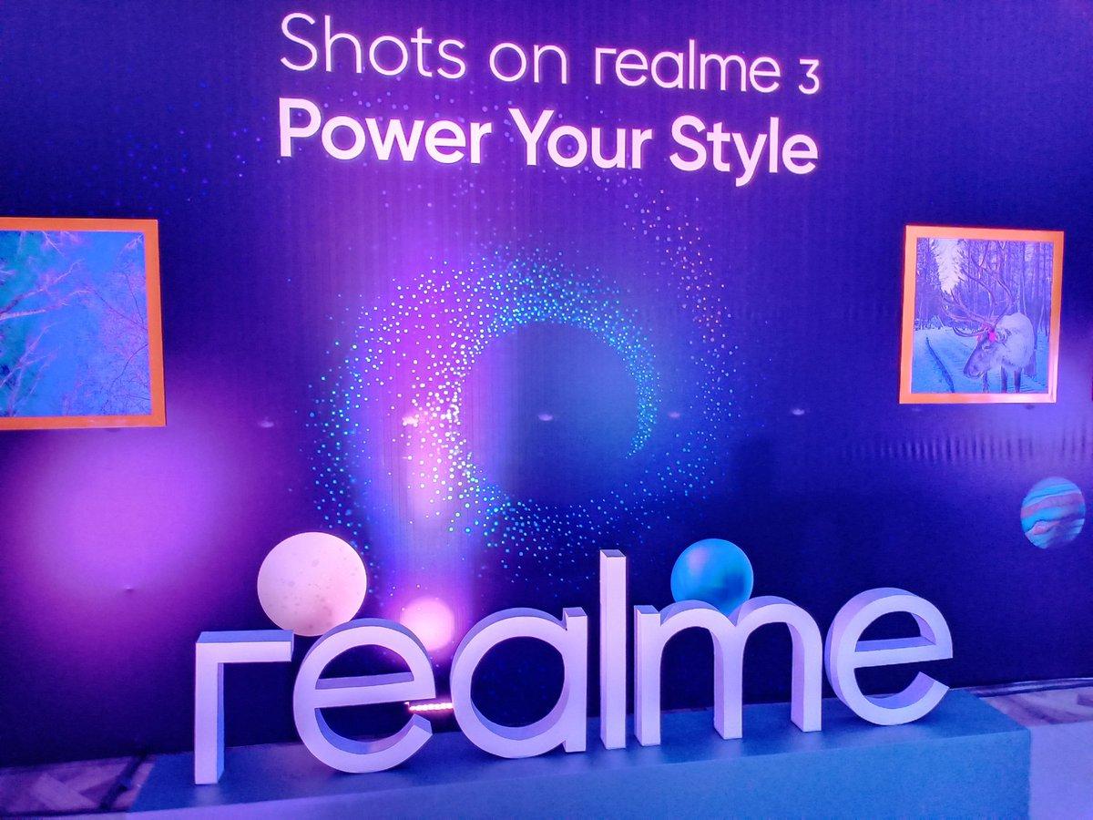 realme3 hashtag on Twitter