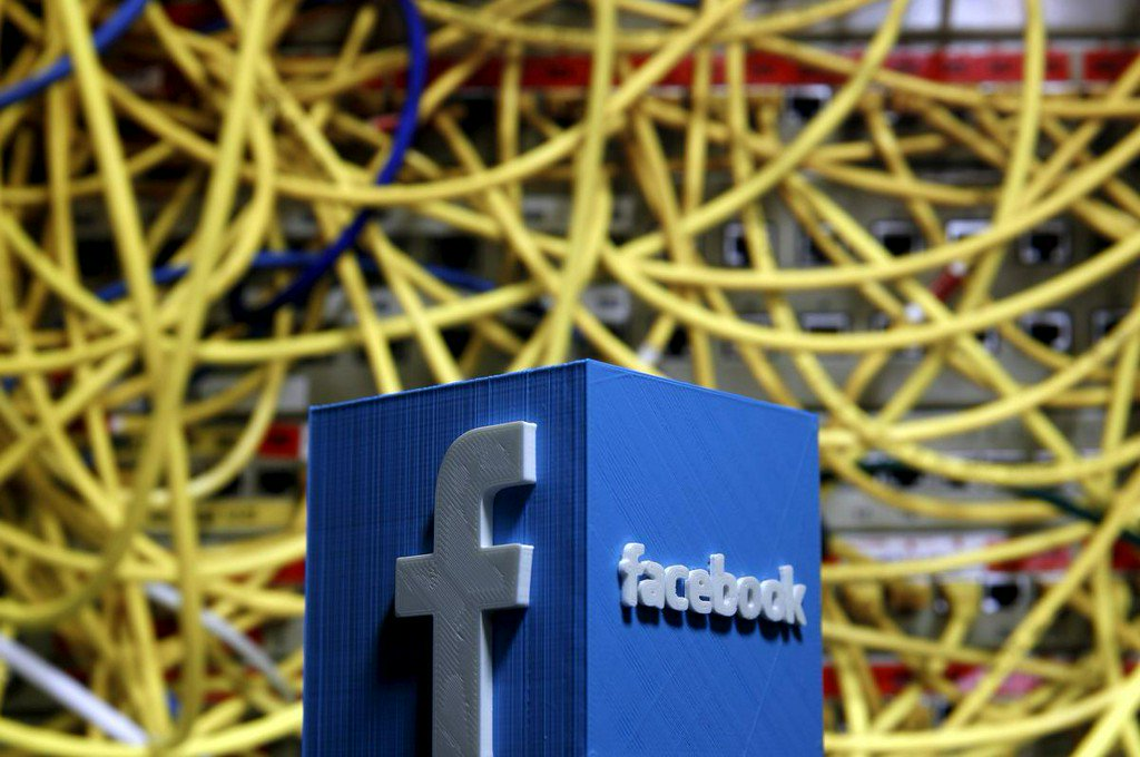 EU approves tougher EU copyright rules in blow to Google, Facebook https://reut.rs/2IyCOXr