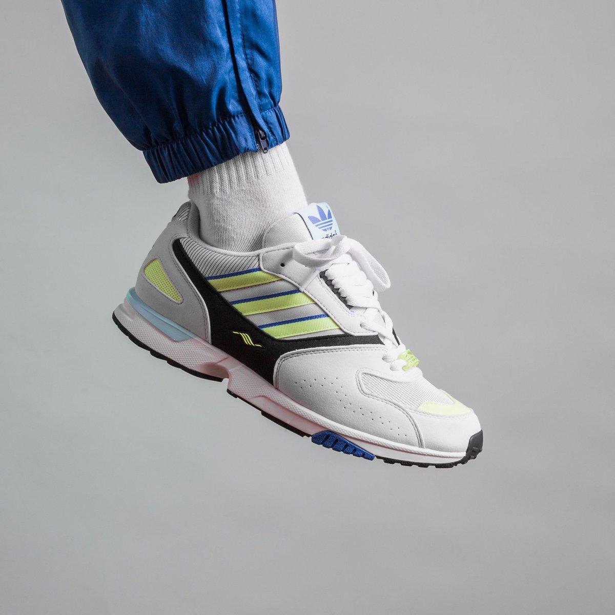7e9f40667f3 Adidas Zx 4000 - Crystal White/Sesoye/Core Black shop:  https://t.co/b07zJOPUYa #zx4000 #adidas #new #fresh…  https://t.co/rGSg19ZZG8