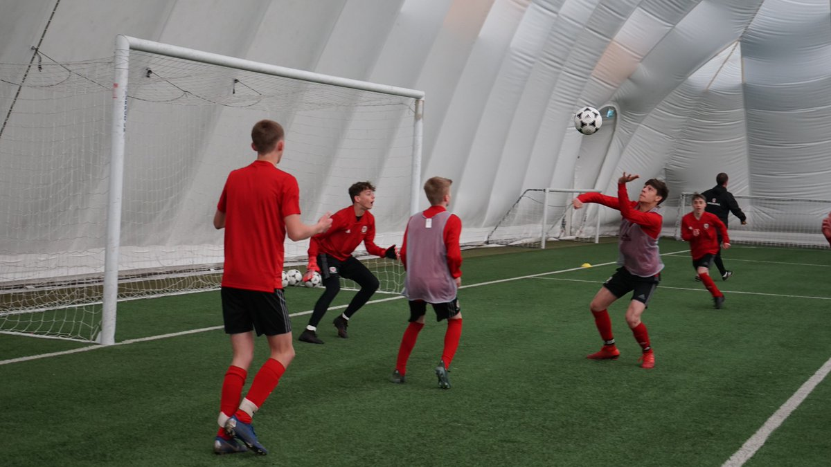 📸 TRAINING PICS ⚽️  🏴󠁧󠁢󠁷󠁬󠁳󠁿 Here's our @Cymru U15 Boys preparing for their Tri-Nations tournament with @SFV_ASF & @ @Belgianfootball at @HouseofSportCDF  ⏰ The matches are being held at @DragonParkWales on Tuesday, Wednesday & Thursday #MoreThanAGame #MwyNaGem