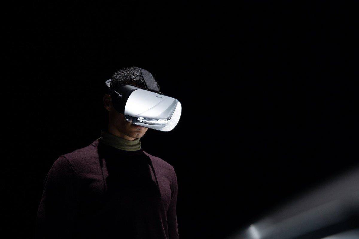 This virtual reality headset runs at human-eye resolution