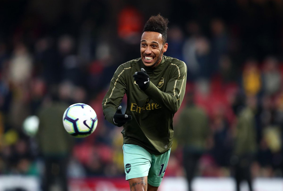 RT @premierleague: 😃 @WatfordFC v @Arsenal 😃  Matchday Live ➡️ https://t.co/dGtpKJhJfX  #WATARS https://t.co/t2w8mvZsPz