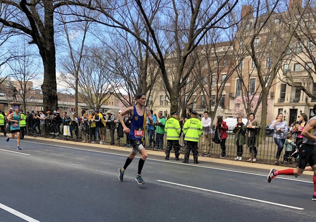 I've run quicker marathons but today's @bostonmarathon is probably the one I'm proudest of. Incredible privilege to run in its 123rd edition <br>http://pic.twitter.com/V6Hqb0SEkW