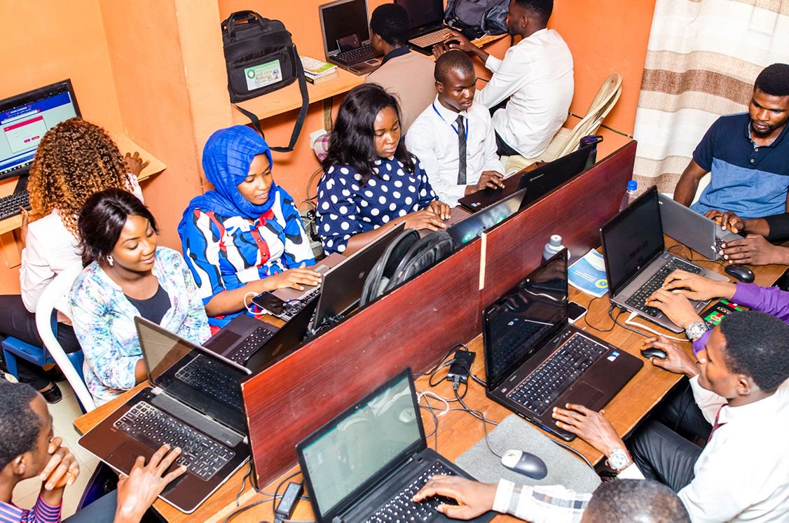 "We train brilliant minds who are ready to help you in achieving your go. We call it ""operation more sales."" ICT HUB no be sere sere.  #like #nigerianweddings #kano #naijacorpers #art #bbnaija #benincity #kaduna #pulsenigeria #pcakubueze #trendy #pcakubuezequotes #ammgospelpic.twitter.com/ZdGRCsGxju"