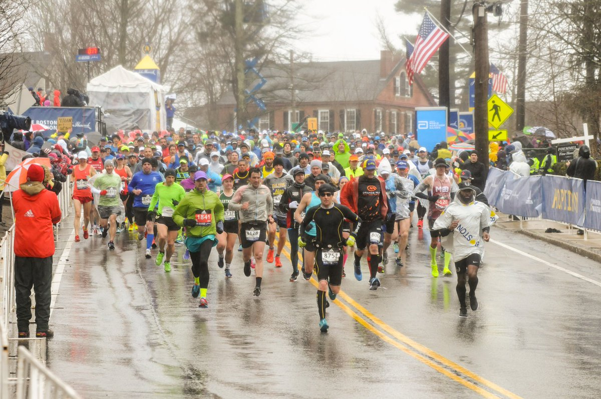 Proactive alerts let us prepare better during the unexpected #weather conditions and doesn't deter the enthusiasm of the teams who gear up for #bostonmarathon2019. All the best to the participants. @BAA @bostonmarathon<br>http://pic.twitter.com/yl0VbBZQey