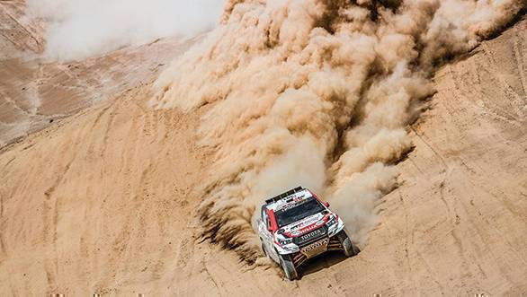 Confirmed: Dakar 2020 will be held in Saudi Arabia  https:// africazine.com/confirmed-daka r-2020-will-be-held-in-saudi-arabia/ &nbsp; … <br>http://pic.twitter.com/AmiwEKOTpS
