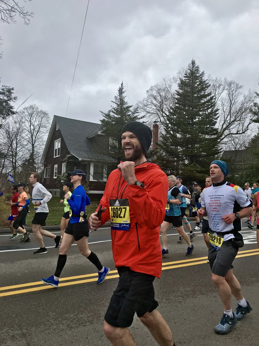 Go, Jared, go!One mile down, only 25.2 to go!!! #BostonMarathon #SPNFamily @jarpad<br>http://pic.twitter.com/f3ig8VjTy2