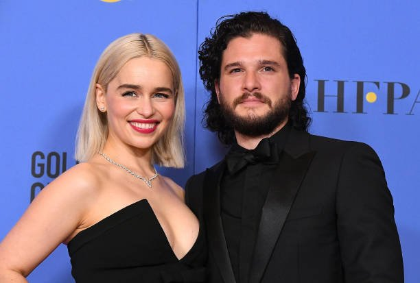 Kit Harington found Emilia Clarke kiss 'weird'  #KitHarington #EmiliaClarke #GOT #GameofThrones https://t.co/X69QsstcgM