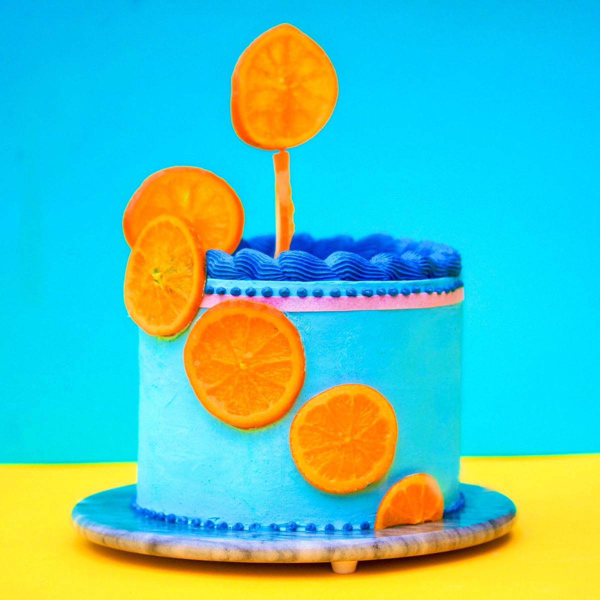 RT @kimjoyskitchen: Orange and stem ginger cake inspired by the fabulous @Bhytes1 outfit 💙🧡🍊 #rupauldragrace #GBBO https://t.co/GDlKWCIwzF