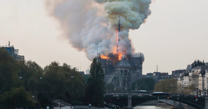 The last time Saturn stationed retrograde in the 21st degree (20°) of Capricorn was in 1666, the year of the Great Fire of London.  Saturn is now in the same degree and will station retrograde there on April 29th, 2019.  And, tragically, we have a fire at Notre Dame.  #astrology