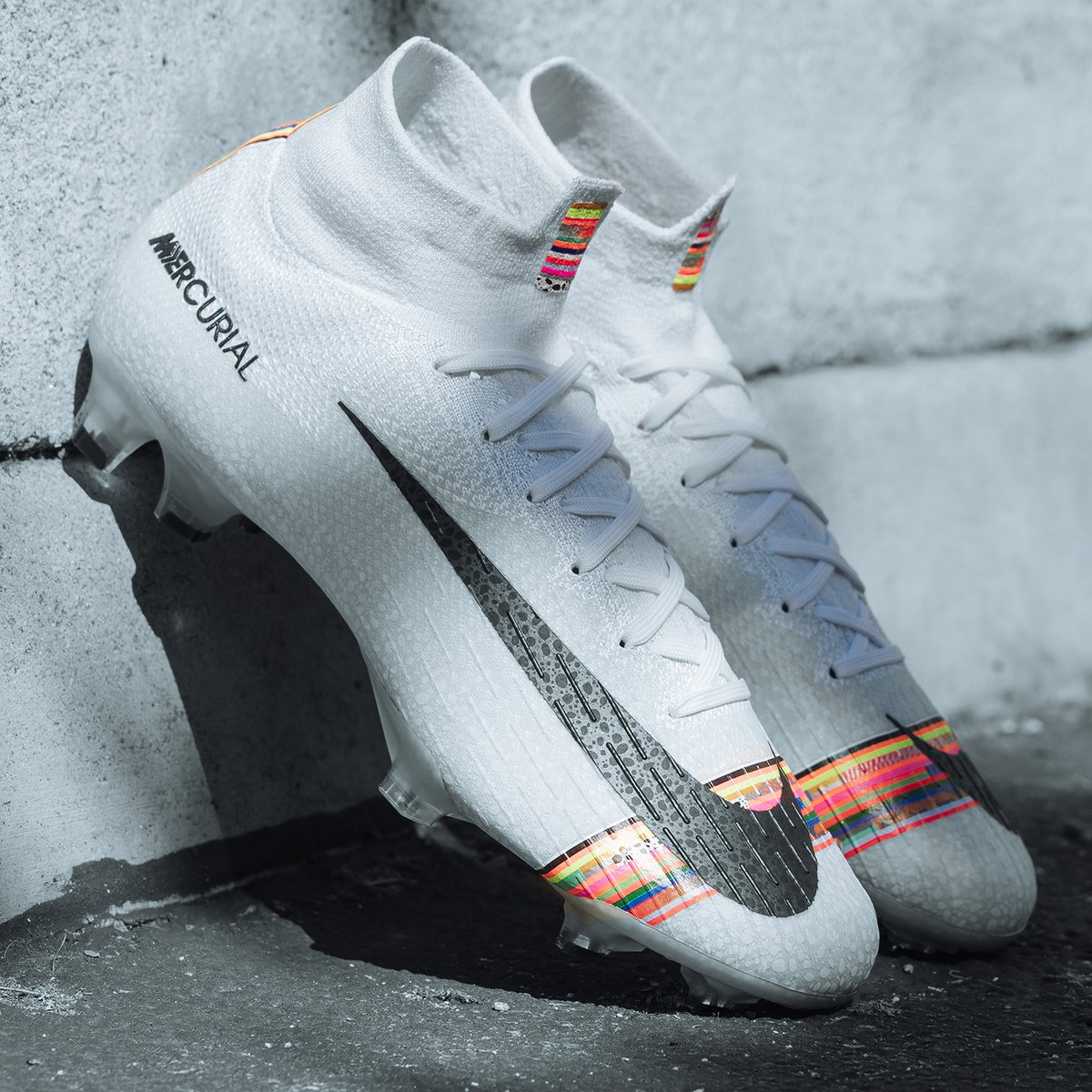 "6690dc58aee ... UP"" special edition cleats. Available in-stores   online Shop  https   www.nikys-sports.com cr7-superfly-360-elite-fg.html  …pic.twitter.com bwtW4uk89V"