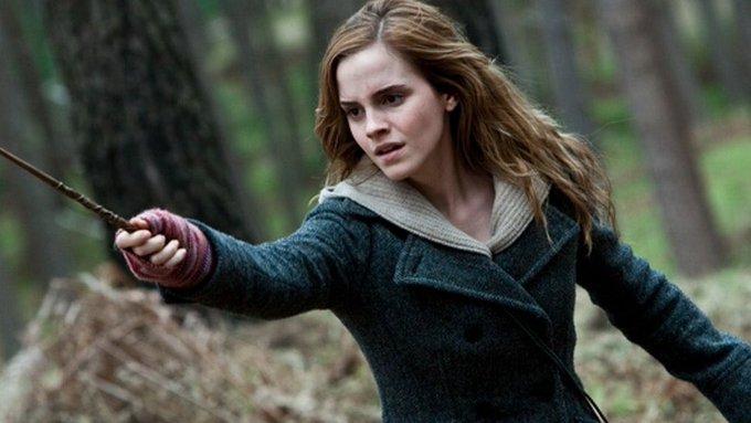 Happy 29th birthday to the talented, beautiful, and wonderful Emma Watson!!!