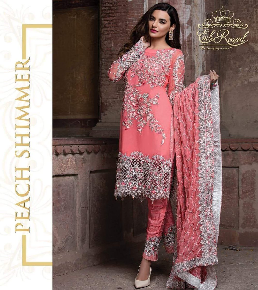 1e92d9dc3e ... Free Delivery In #Karachi More Info:  https://www.facebook.com/serenedesigns.pk/posts/2187227914647926 …  (#designerwear,#ladiesreplica,#fashion,#embroyal ...