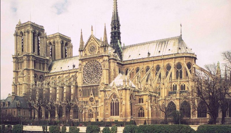 I know many of you are crying for Notre-Dame de Paris, but remember she is resilient. Notre-Dame de Paris survived when Prussia bombed Paris with artillery. She survived Two World Wars. If you think one fire will destroy her, then you don't know Notre-Dame de Paris. https://t.co/qtMpUPFPXa