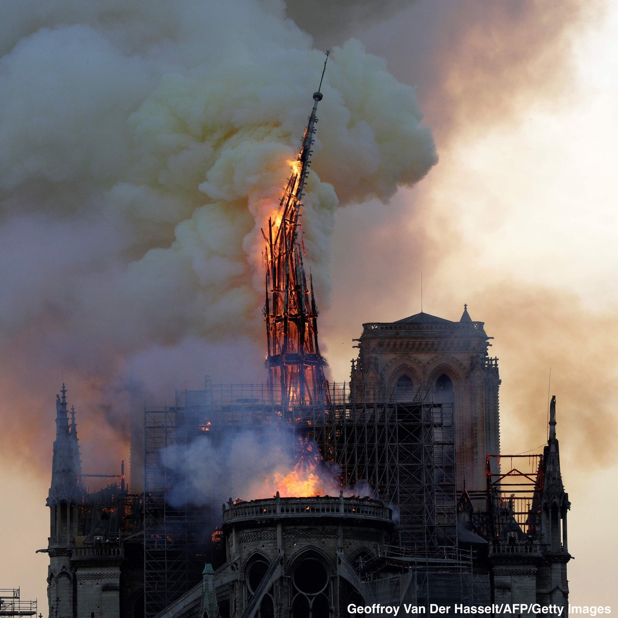 Spire collapses as Notre Dame cathedral in Paris is engulfed in flames. https://t.co/kiOQsrXiTi https://t.co/OwOlyc3upg