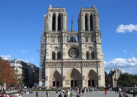 A monument to the Christian faith, of rare beauty and grandeur. This fire symbolizes the decline of France. A large part of the French profess agnosticism or atheism. The flame of their faith went out long ago. Now this fire is only a symbol that existed one day.