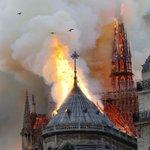 Force & courage a nos pompiers pour sauver notre tresor!!!🙏 Notre dame de Paris 🙏♥️