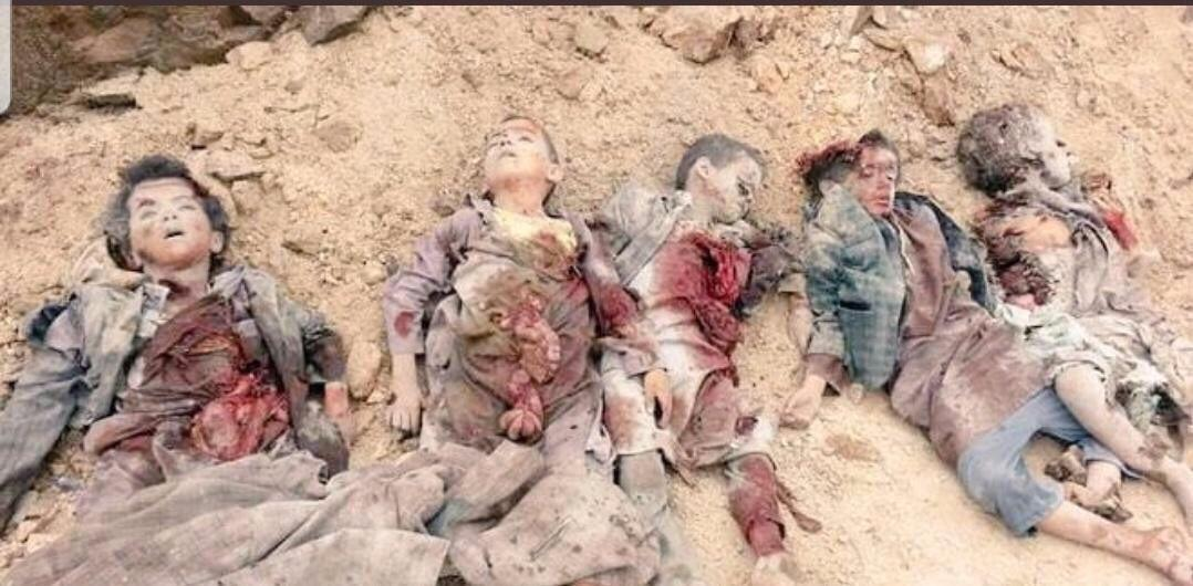 To any human-beings left on this world Just #imagine_they_r_ur_kids   #YemenForgottenWar <br>http://pic.twitter.com/WYEPsfYV6Y