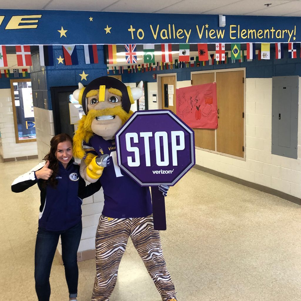 STOPPED by Valley View Elementary for a #STOPBullying Assembly! A great group of kids that pledged to stop bullying when they see it! #Skol