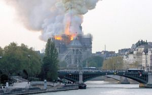 朝日新聞デジタル編集部's photo on フランスのパリ