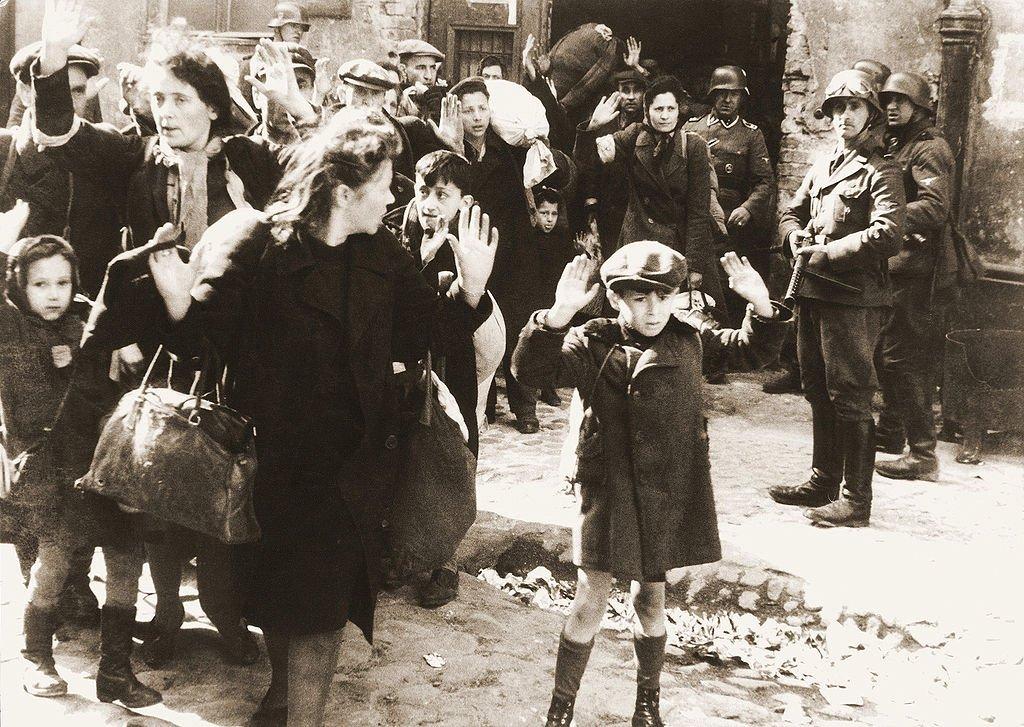 #Taldiacomavui de 1943 va començar l'aixecament del #gueto de #Varsòvia #IIWW