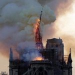 Image for the Tweet beginning: Alevler içindeki #NotreDame görüntüleri yüreklerimizi