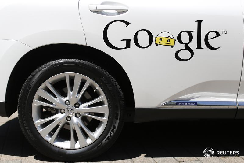 Google is steering Uber and Lyft from the back seat. https://bit.ly/2IxzeNr  @GinaChon