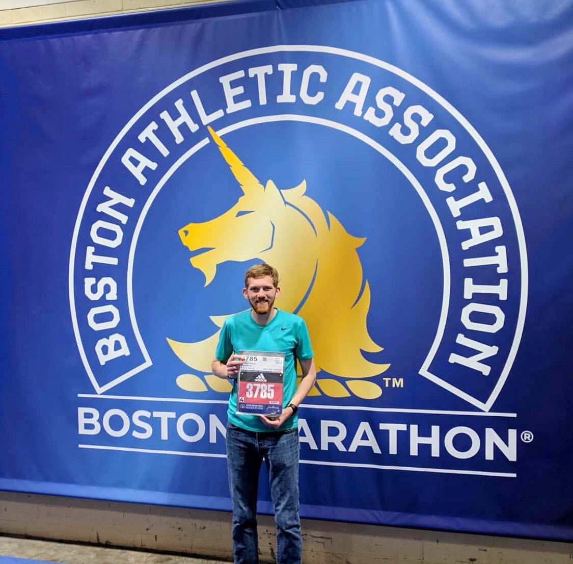 Shoutout to Andrew Charters (Simulation Engineer at @CGRnascar) for crushing the @bostonmarathon today with a time of 2:48:55!   *thats a 6.27 minute mile   #Boston2019 | #MondayMotivation<br>http://pic.twitter.com/GOGbzebMOZ