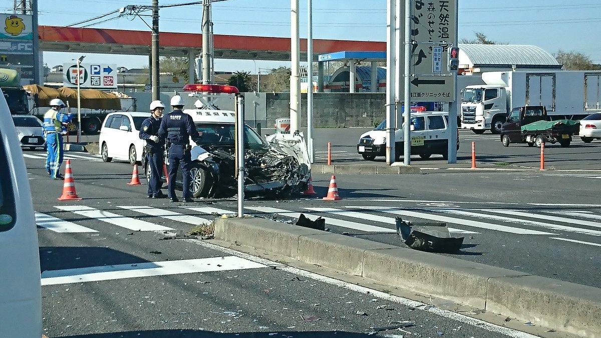 久喜市のさいたま栗橋線でパトカーの交通事故の現場画像