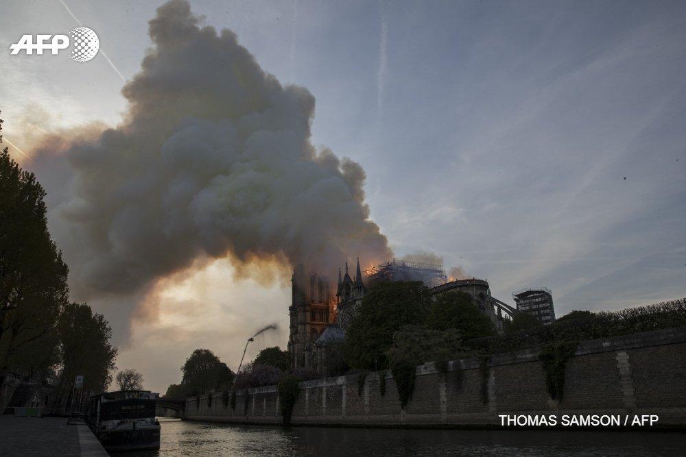 La famille Pinault débloque 100M euros pour Notre-Dame de Paris (François-Henri Pinault) #AFP