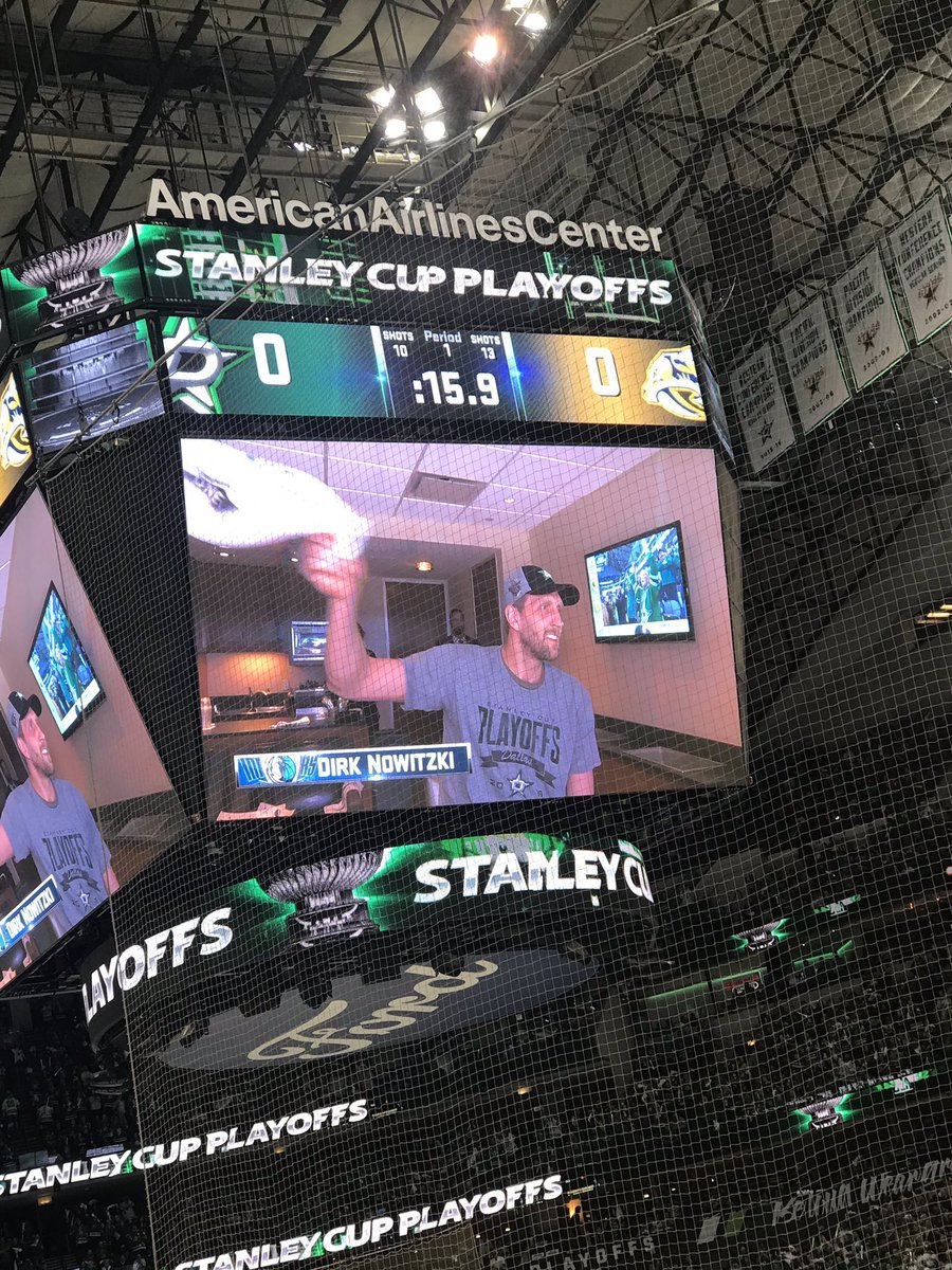 Dirk got a huge ovation at the @DallasStars game #MFFL