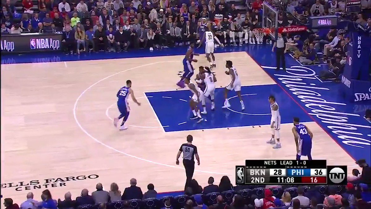 Jimmy Butler's screen for Ben Simmons earns your Heads Up Play of the Day!