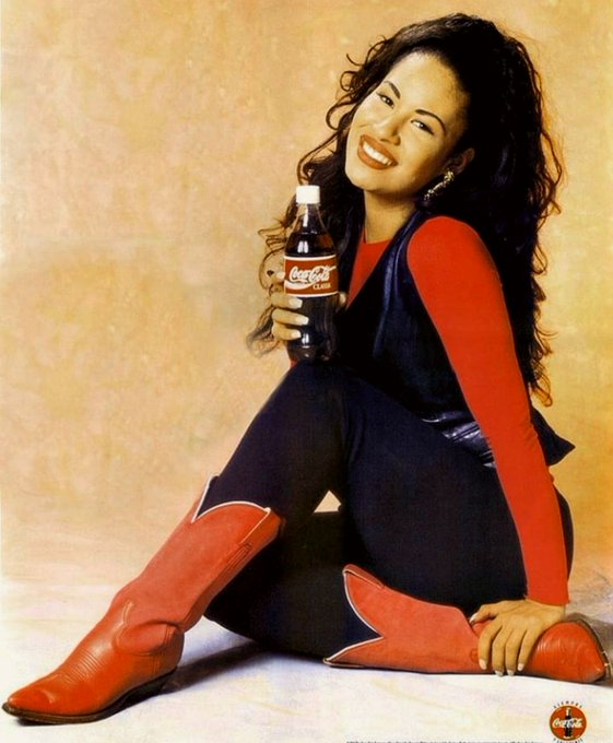 Happy birthday to the late great Selena Quintanilla-Perez. Gone too soon.