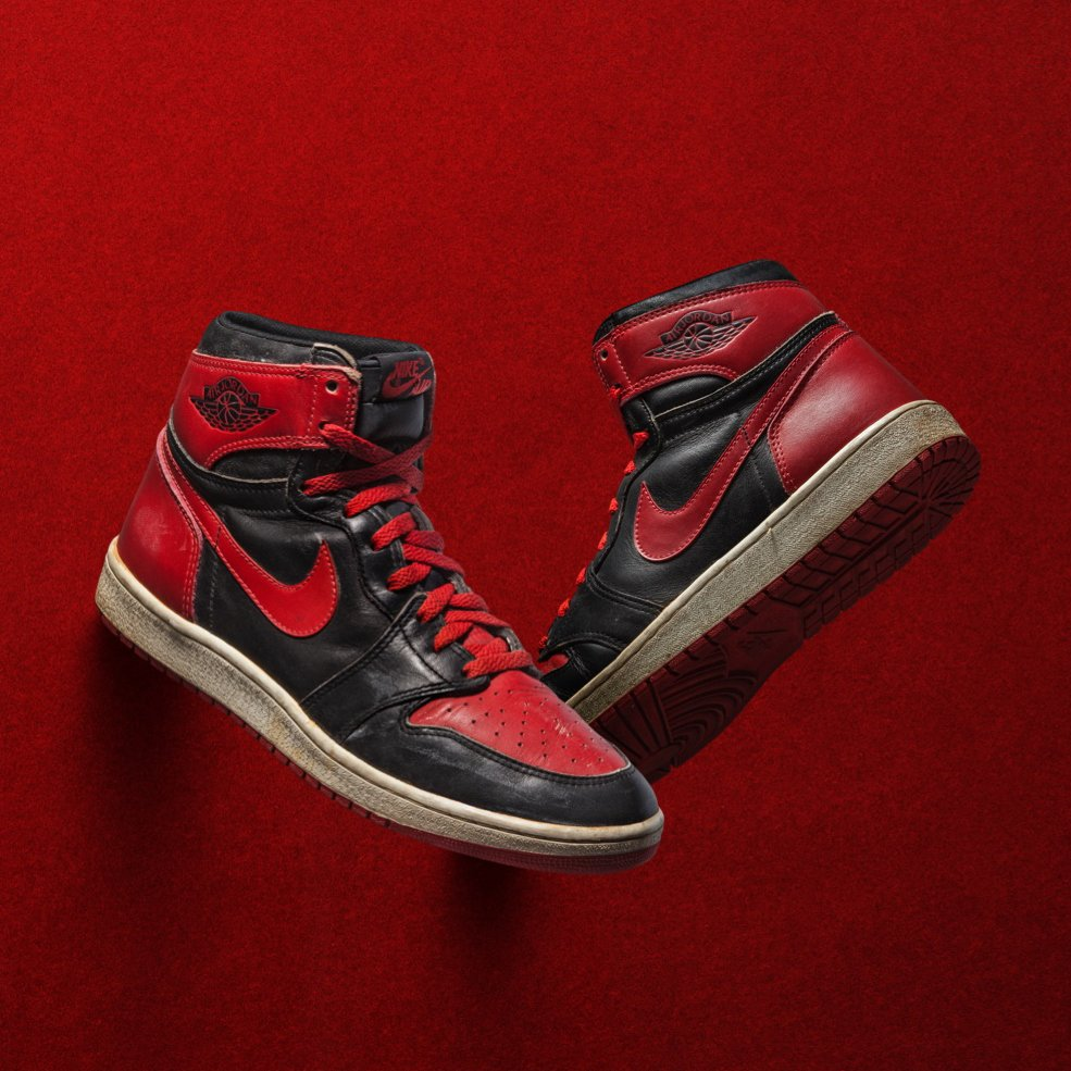 8951ccc38d6 the air jordan 1 banned bred from 85 is rumoured for a return on black  friday