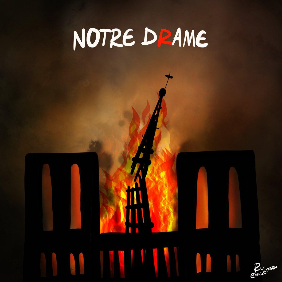 NOTRE-DRAME  #NodreDameDeParis #NotreDame #NotreDameCathedralFire #15aprile #16aprile<br>http://pic.twitter.com/0CiaqS8pYc