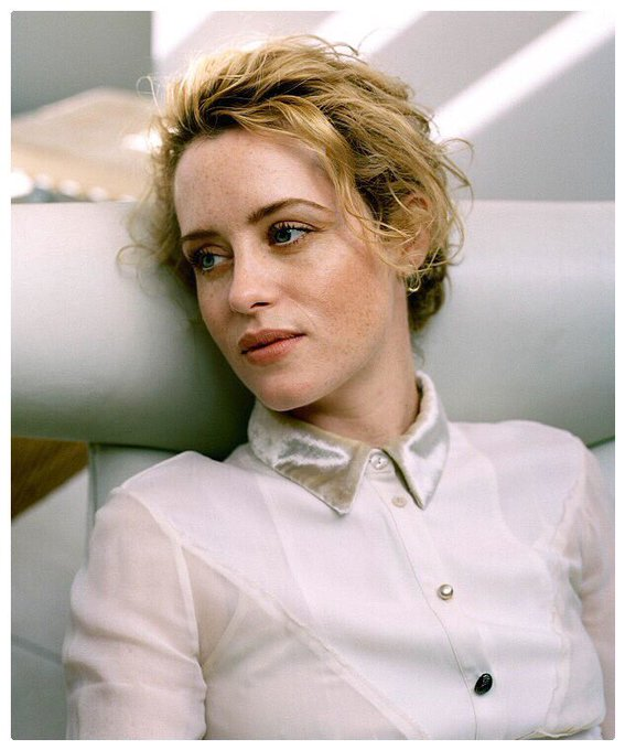 Happy Birthday to - the way too talented - Claire Foy
