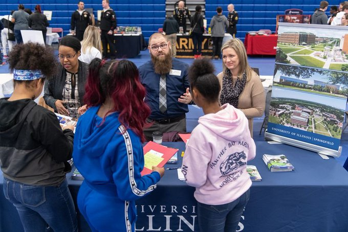Prospective freshman, transfer, graduate and online students are encouraged to join us for a #UISedu Information Session Wednesday from 5:30 to 6:30 p.m. in University Hall on campus. Come get your application fee waived & learn about scholarships! More: https://t.co/azb3czWDeK https://t.co/oSfptOaBOJ