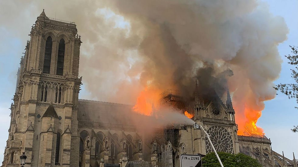 JUST IN: White House offers to assist France in Notre Dame rehabilitation http://hill.cm/ijHPeHC