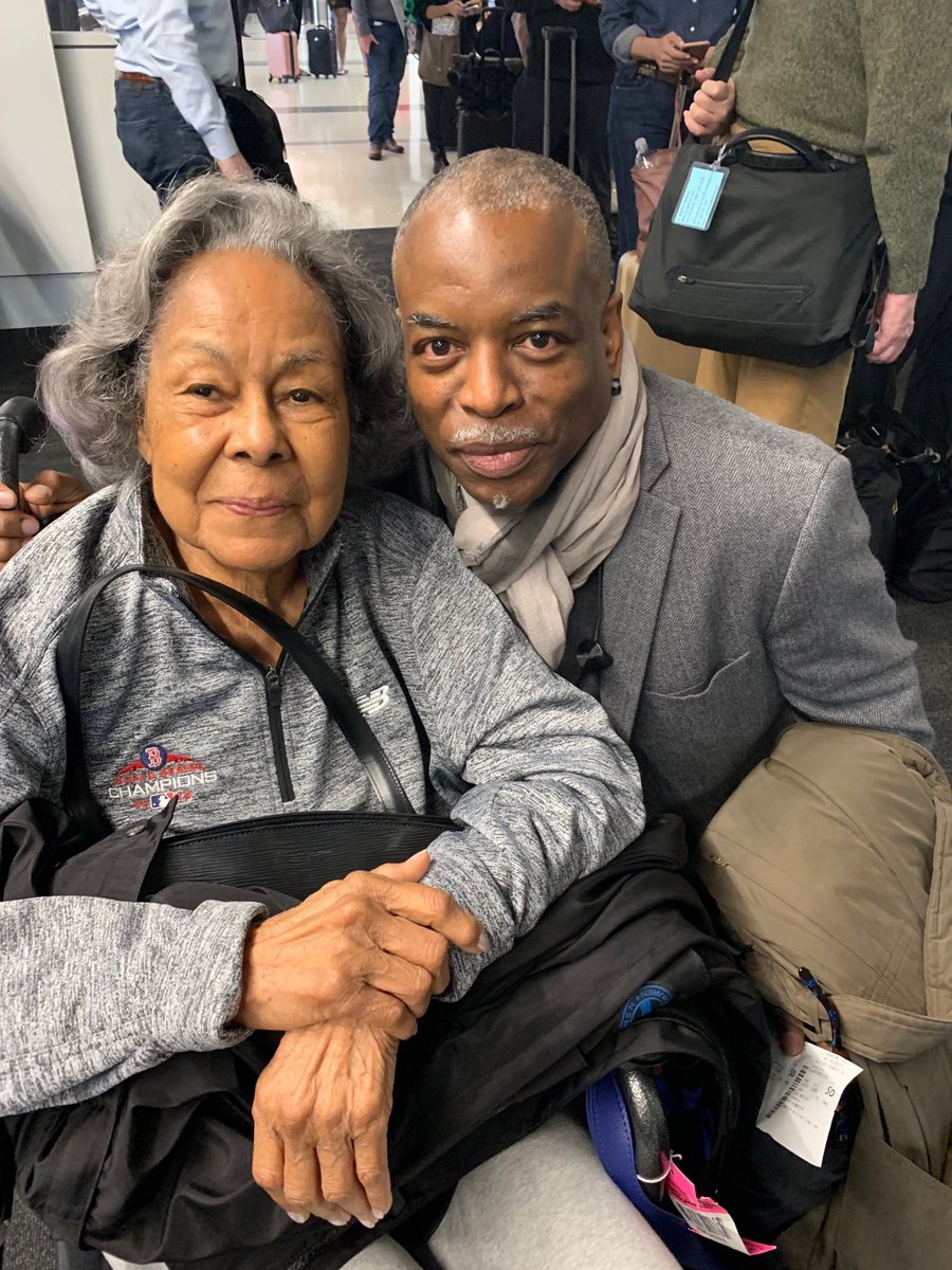 Ladies and gentlemen, allow me to introduce you to Mrs. Rachel Robinson. She is the widow of Jackie Robinson. The first... #bydhttmwfi  #Jackie42 <br>http://pic.twitter.com/lK8aAI3r8s