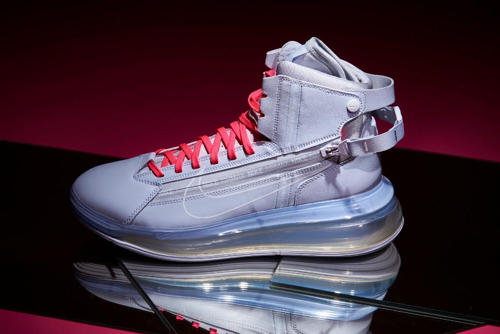 promo code 57d55 57102 Find the Nike Air Max 720 in stores and online   http   bit.ly 2GmVN4v  pic.twitter.com GYpSufZp7o