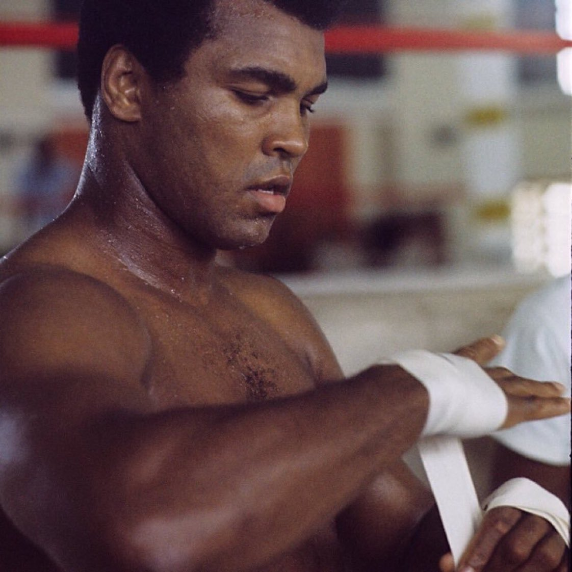 The man who views the world at 50 the same as he did at 20 has wasted 30 years of his life.  —@MuhammadAli <br>http://pic.twitter.com/QkYGjqnLnJ