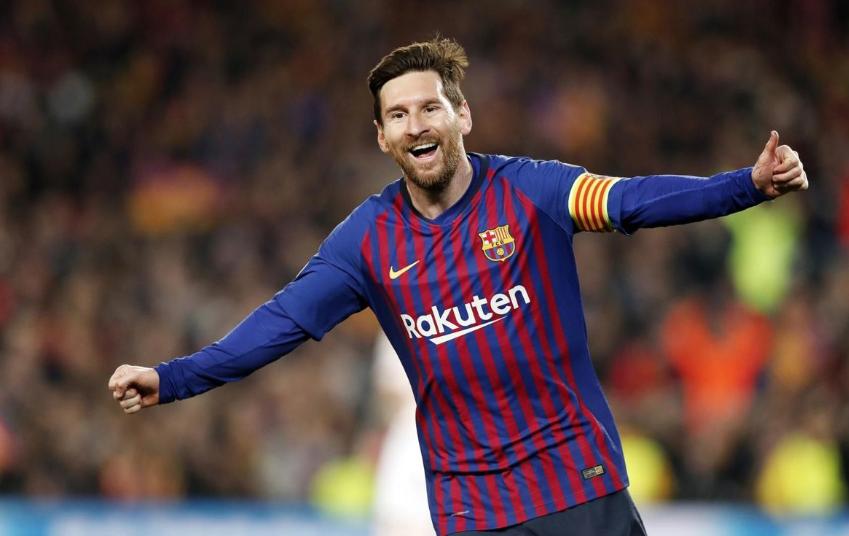🐐 Describe #Messi in one sentence... 👽  🔵🔴 #ForçaBarça
