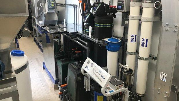 温哥华打造全球首个大麻及食物垃圾转化为食水的淨化器