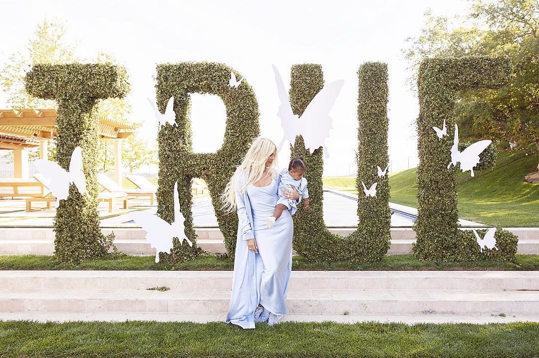 Pour Les Fille True Khloé Kardashian Avait Organisé