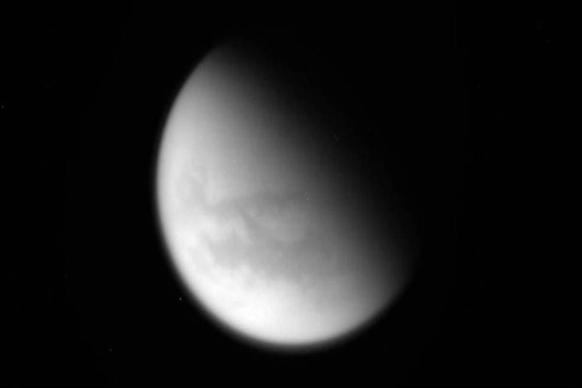 hy saturns moon titan - HD1200×800