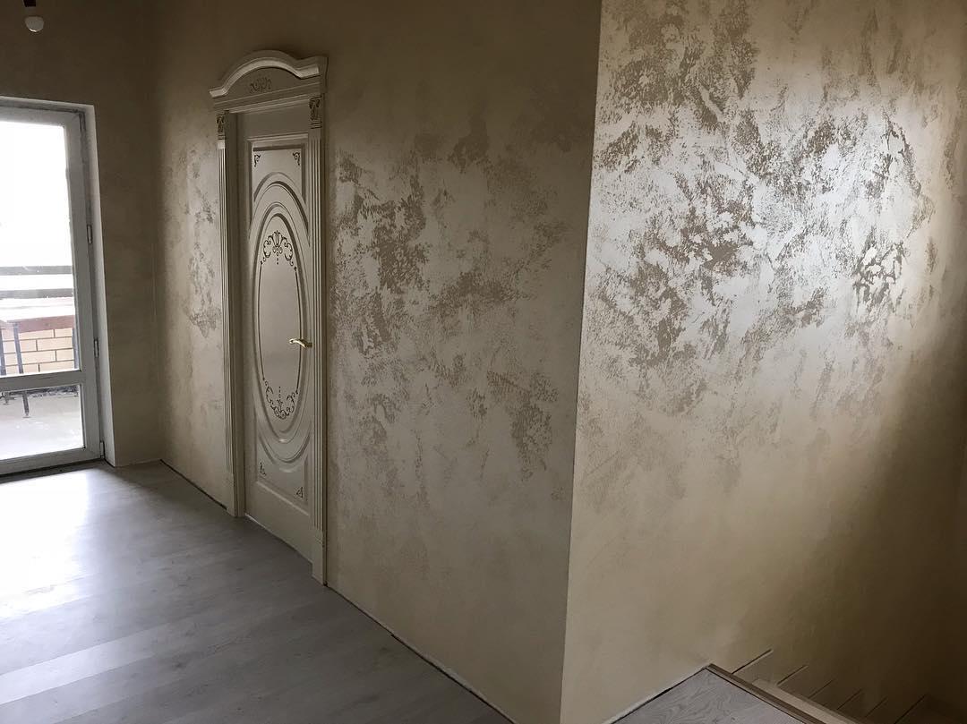 фото стен покрытых фигурной штукатуркой контролировать сохранность
