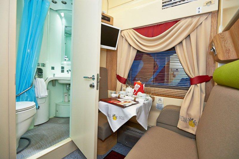Вагон люкс в поезде москва адлер фото